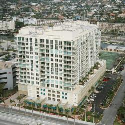 Collins Ave Miami Mid Rise
